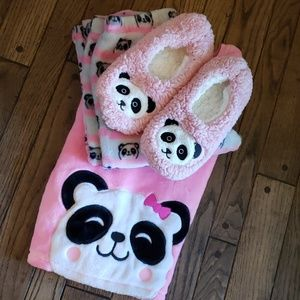 Girls panda pajama set